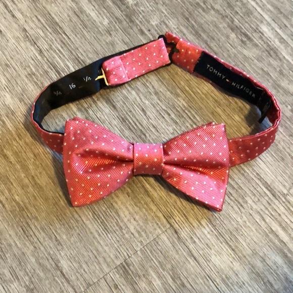 ab1edbf19 Men's Tommy Hilfiger Bow tie. M_5c4da7669fe48697bf8d05c7. Other Accessories  ...